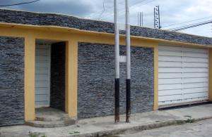 Casa En Ventaen Cagua, La Ciudadela, Venezuela, VE RAH: 18-7172
