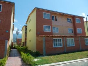 Apartamento En Ventaen Guatire, Alto Grande, Venezuela, VE RAH: 18-7188