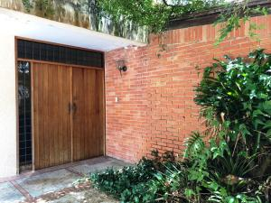 Casa En Ventaen Caracas, Lomas De La Lagunita, Venezuela, VE RAH: 18-7998