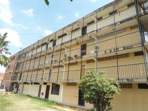 Apartamento En Ventaen La Victoria, Las Mercedes, Venezuela, VE RAH: 18-7238