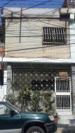 Apartamento En Ventaen Catia La Mar, Mamo, Venezuela, VE RAH: 18-7295