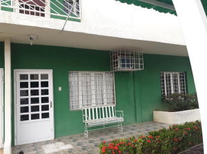 Apartamento En Ventaen Ciudad Ojeda, Bermudez, Venezuela, VE RAH: 18-8114