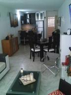 Apartamento En Ventaen Caracas, El Encantado, Venezuela, VE RAH: 18-7352