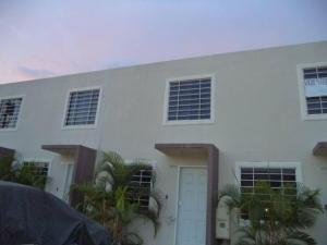 Casa En Ventaen Barquisimeto, Terrazas De La Ensenada, Venezuela, VE RAH: 18-7327