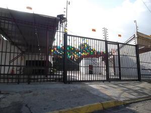 Local Comercial En Ventaen Valencia, Lizandro Alvarado, Venezuela, VE RAH: 18-7437