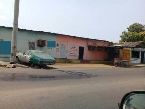 Local Comercial En Ventaen Maracaibo, 18 De Octubre, Venezuela, VE RAH: 18-7383