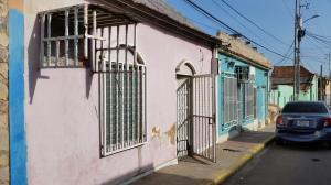 Casa En Ventaen Maracaibo, Santa Lucía, Venezuela, VE RAH: 18-7400