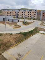 Apartamento En Ventaen Charallave, Betania, Venezuela, VE RAH: 18-8395
