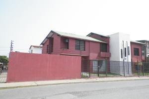 Apartamento En Ventaen Lecheria, Casco Central, Venezuela, VE RAH: 18-7444