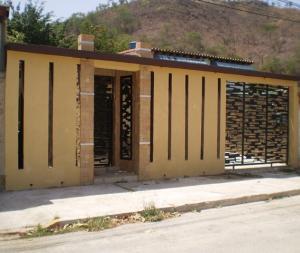 Casa En Ventaen Turmero, La Montañita, Venezuela, VE RAH: 18-7468