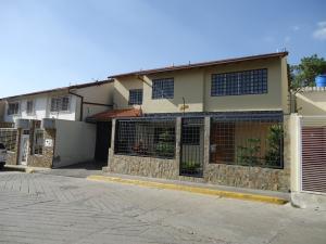 Townhouse En Ventaen Caracas, Hoyo De La Puerta, Venezuela, VE RAH: 18-7482