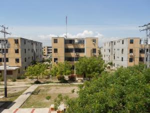 Apartamento En Ventaen Municipio Los Guayos, Buenaventura, Venezuela, VE RAH: 18-7480