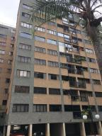 Apartamento En Ventaen Caracas, Las Esmeraldas, Venezuela, VE RAH: 18-7500