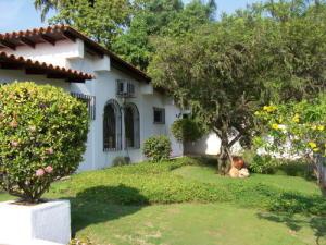 Casa En Ventaen Lecheria, Mar, Venezuela, VE RAH: 18-7502