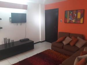 Apartamento En Ventaen Maracaibo, Valle Frio, Venezuela, VE RAH: 18-7518