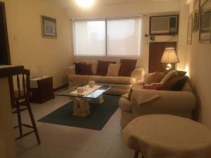 Apartamento En Alquileren Maracaibo, El Milagro, Venezuela, VE RAH: 18-7529