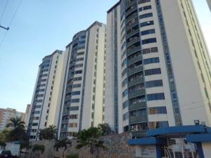 Apartamento En Ventaen Municipio Naguanagua, Palma Real, Venezuela, VE RAH: 18-7573