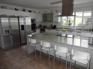 Casa En Ventaen Caracas, Colinas De Santa Monica, Venezuela, VE RAH: 18-7566