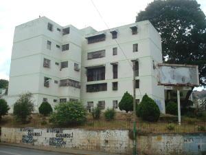 Apartamento En Ventaen Caracas, Caricuao, Venezuela, VE RAH: 18-7577