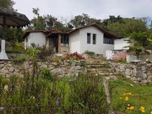 Terreno En Ventaen Ejido, Salado Alto, Venezuela, VE RAH: 18-7583