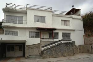Casa En Ventaen Caracas, Las Palmas, Venezuela, VE RAH: 18-7597