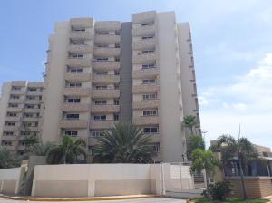 Apartamento En Alquileren Maracaibo, Avenida Milagro Norte, Venezuela, VE RAH: 18-7665