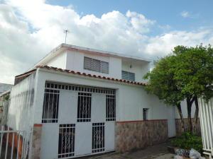 Casa En Ventaen Valencia, Trigal Centro, Venezuela, VE RAH: 18-7634