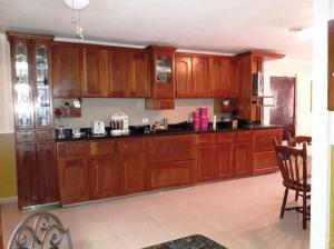 Casa En Ventaen Maracaibo, Villa Delicias, Venezuela, VE RAH: 18-7646
