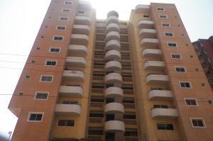 Apartamento En Alquileren Lecheria, Calle Arismendi, Venezuela, VE RAH: 18-7555