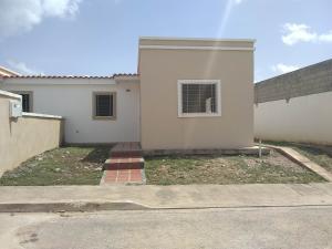 Casa En Ventaen Cabudare, Parroquia José Gregorio, Venezuela, VE RAH: 18-8499