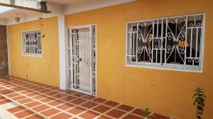 Casa En Ventaen Coro, Independencia, Venezuela, VE RAH: 18-7661