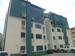 Apartamento En Ventaen Municipio Los Guayos, Paraparal, Venezuela, VE RAH: 18-7662