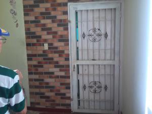 Apartamento En Ventaen Punto Fijo, Las Virtudes, Venezuela, VE RAH: 18-7678