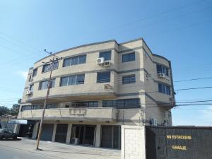 Apartamento En Ventaen Maracay, Santa Rita, Venezuela, VE RAH: 18-7682