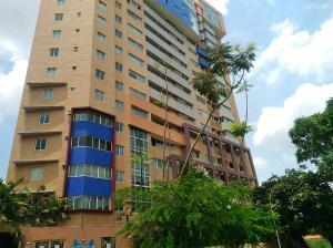Apartamento En Ventaen Valencia, La Trigaleña, Venezuela, VE RAH: 18-7695