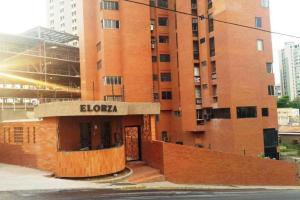 Apartamento En Ventaen Maracaibo, Valle Frio, Venezuela, VE RAH: 18-7709