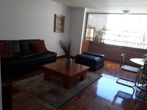 Apartamento En Ventaen Caracas, Colinas De Bello Monte, Venezuela, VE RAH: 18-7730