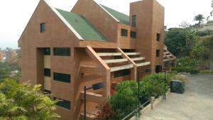 Apartamento En Ventaen Caracas, Los Naranjos Del Cafetal, Venezuela, VE RAH: 18-7733