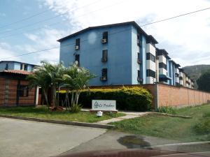 Apartamento En Ventaen Maracay, Avenida Constitucion, Venezuela, VE RAH: 18-7812