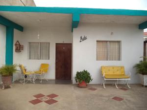 Casa En Ventaen Coro, Av Los Medanos, Venezuela, VE RAH: 18-8153