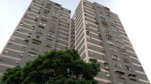 Apartamento En Ventaen Caracas, El Valle, Venezuela, VE RAH: 18-7798