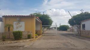 Apartamento En Alquileren Maracaibo, Sierra Maestra, Venezuela, VE RAH: 18-7803