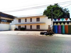 Oficina En Ventaen Maracaibo, Tierra Negra, Venezuela, VE RAH: 18-7845