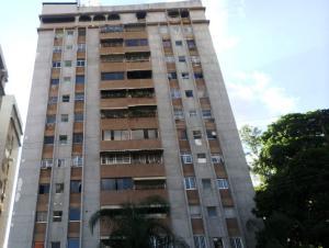 Apartamento En Ventaen Caracas, Santa Fe Norte, Venezuela, VE RAH: 18-7887