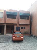 Townhouse En Ventaen Caracas, Oripoto, Venezuela, VE RAH: 18-7872