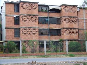 Apartamento En Ventaen Guarenas, Nueva Casarapa, Venezuela, VE RAH: 18-7975