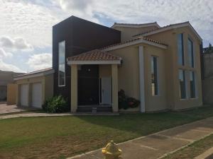 Casa En Ventaen Punto Fijo, Zarabon, Venezuela, VE RAH: 18-7977