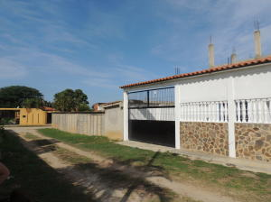 Casa En Ventaen Higuerote, Higuerote, Venezuela, VE RAH: 18-8556