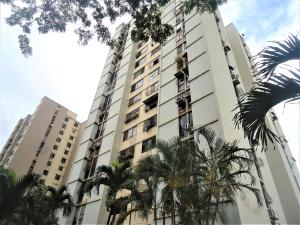 Apartamento En Ventaen Municipio Naguanagua, La Campina I, Venezuela, VE RAH: 18-8000
