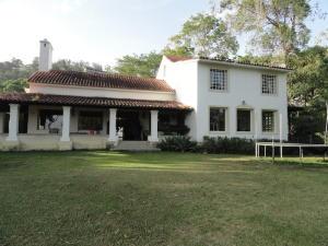 Casa En Ventaen Caracas, La Lagunita Country Club, Venezuela, VE RAH: 18-11039